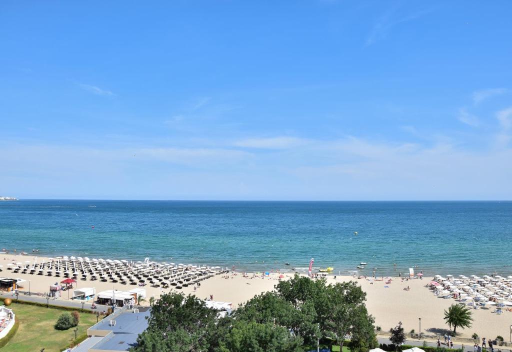 Отель  Hotel Shipka Beach  - отзывы Booking