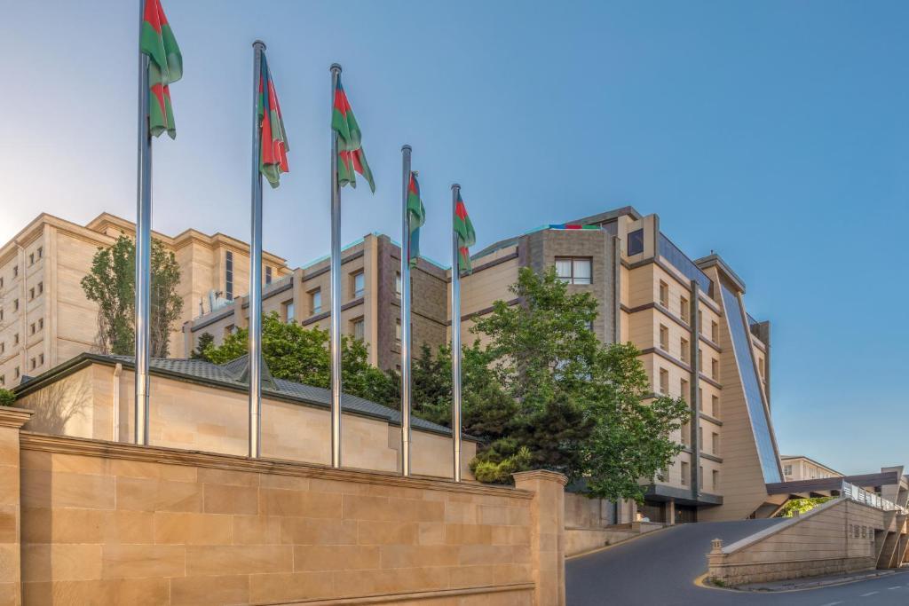 Отель  Point Hotel Baku  - отзывы Booking