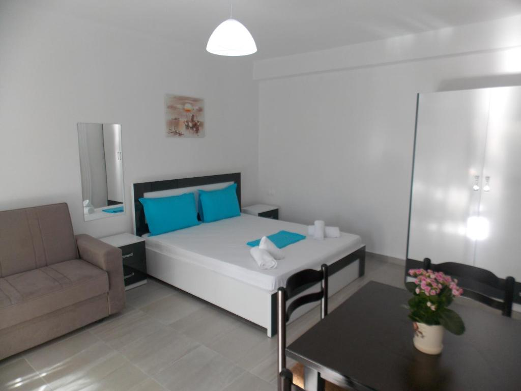Апартаменты/квартира Elvin Apartments - отзывы Booking