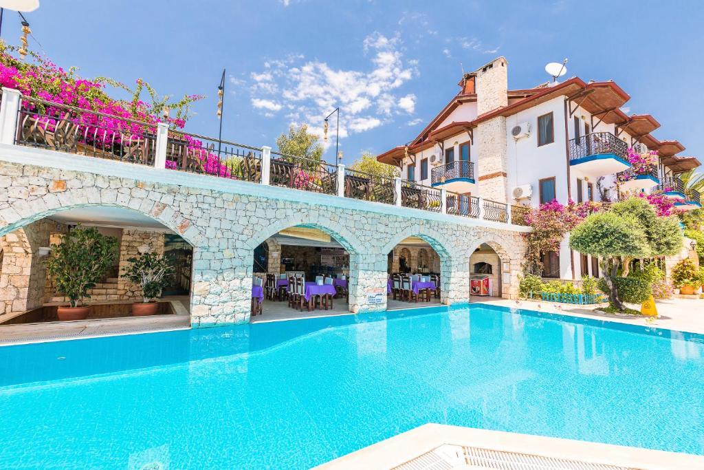 Отель  Amphora Hotel  - отзывы Booking