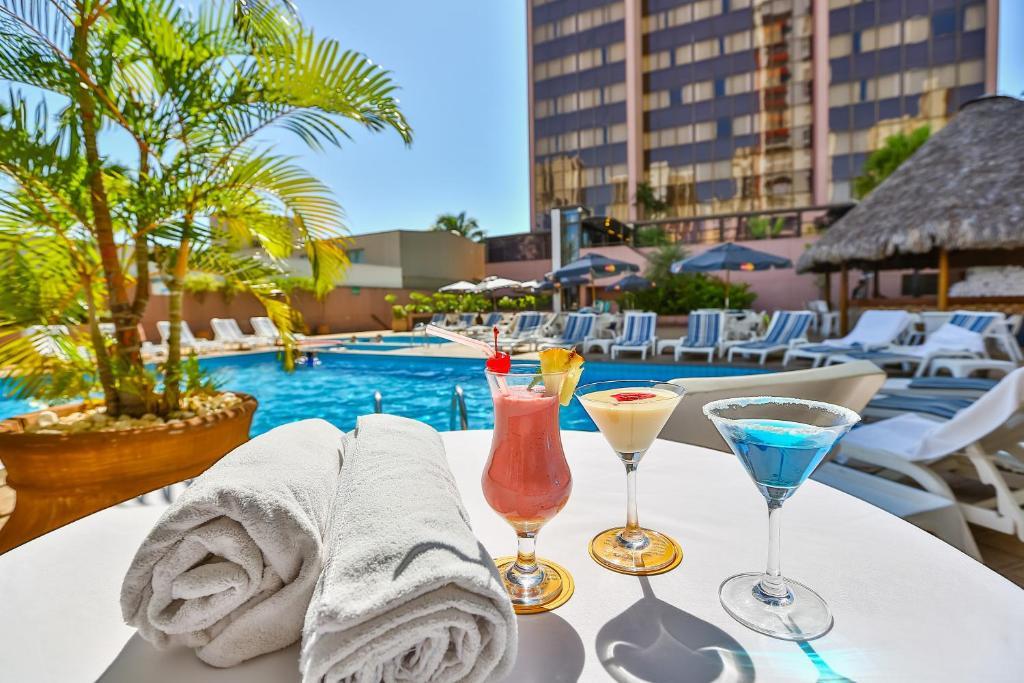 Отель Отель Castro's Park Hotel
