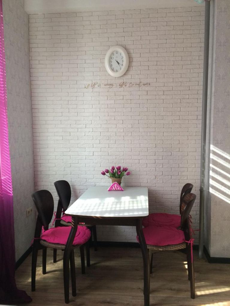 Апартаменты/квартира Студио на Станиславского - отзывы Booking