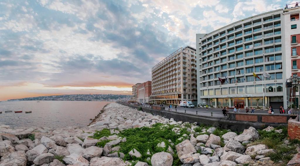 Отель Отель Hotel Royal Continental