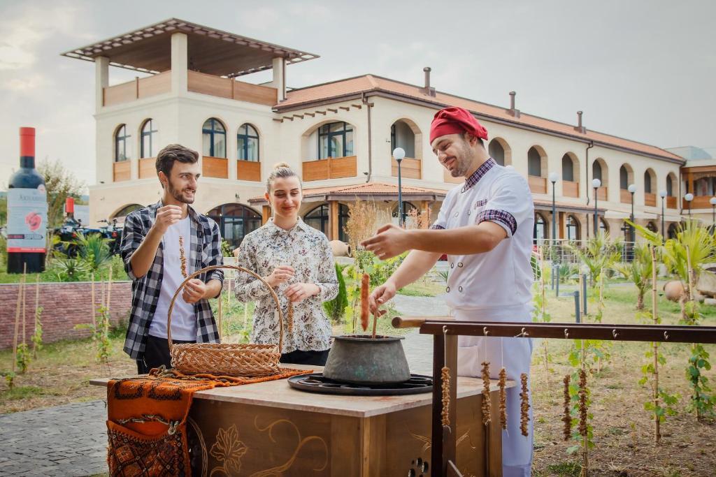 Отель  Akhasheni Wine Resort & Spa