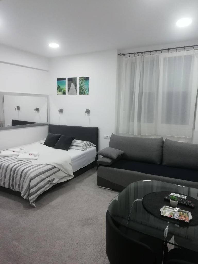 Апартаменты/квартира  Apartment Centar  - отзывы Booking
