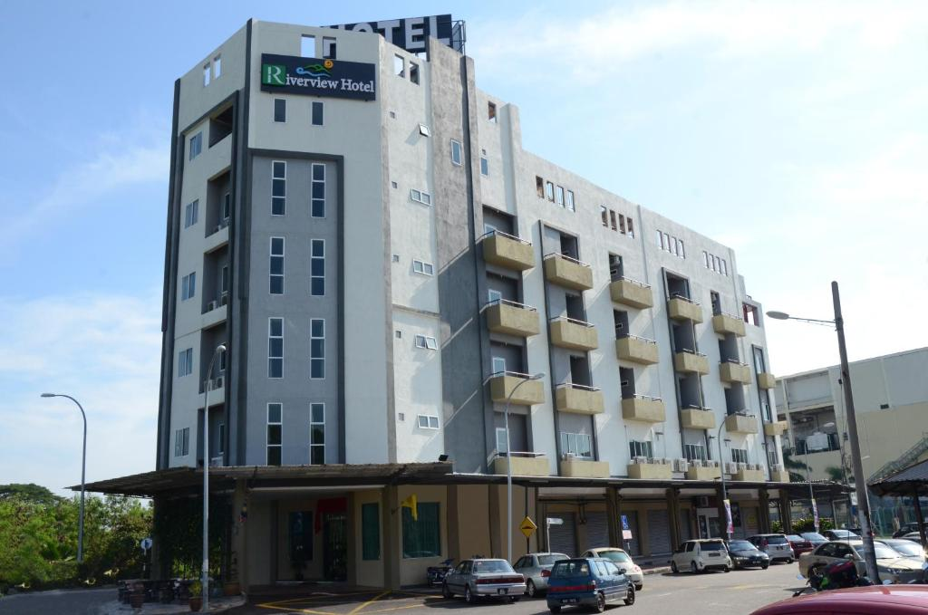 Отель  Riverview Hotel  - отзывы Booking