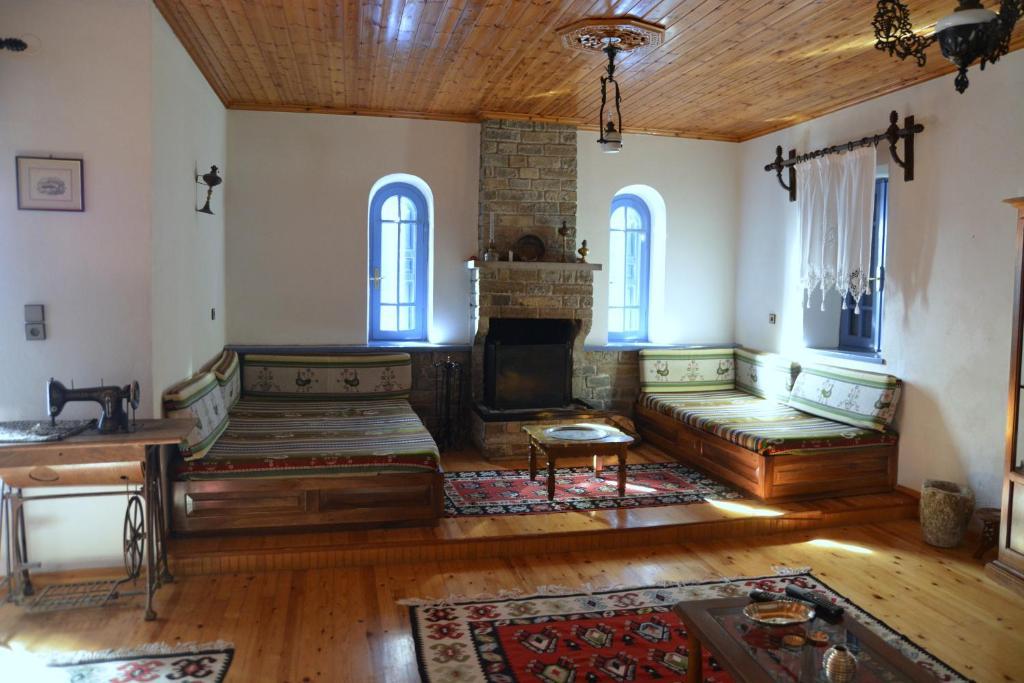 Загородный дом  Traditional Home  - отзывы Booking
