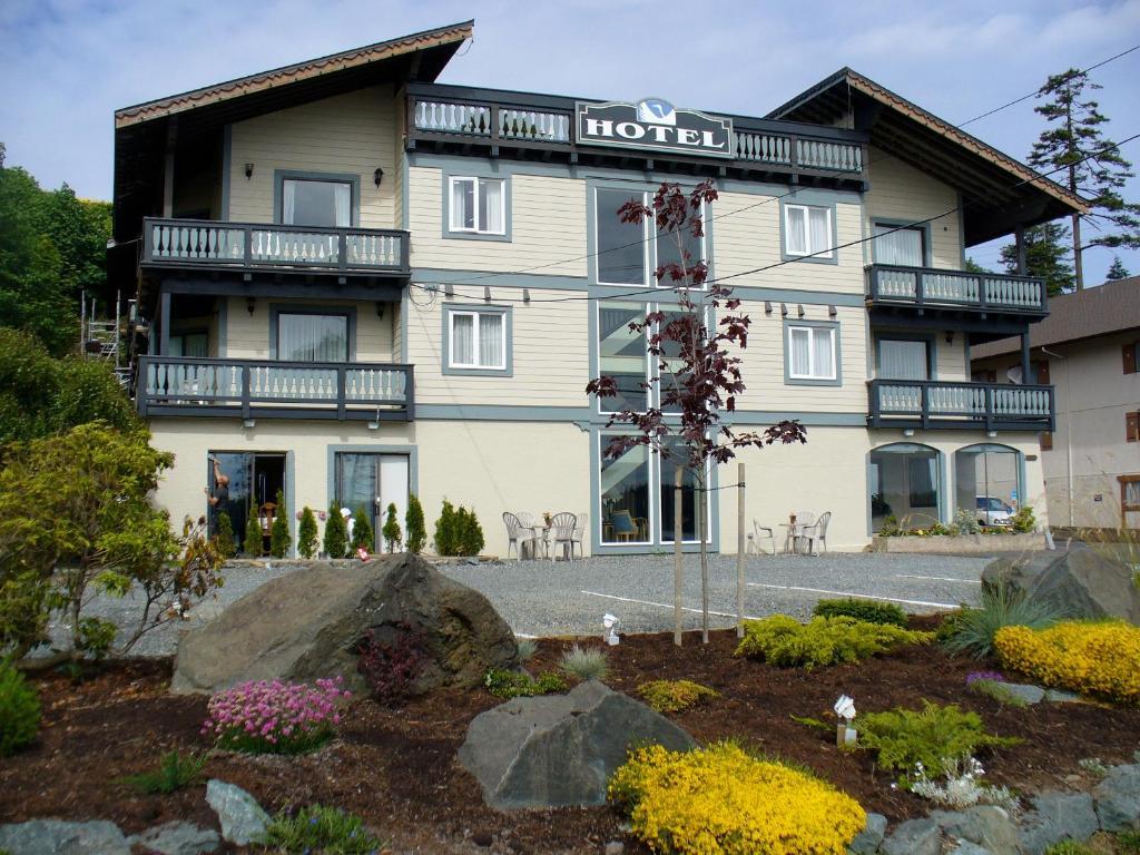 Отель  Heron's Landing Hotel  - отзывы Booking