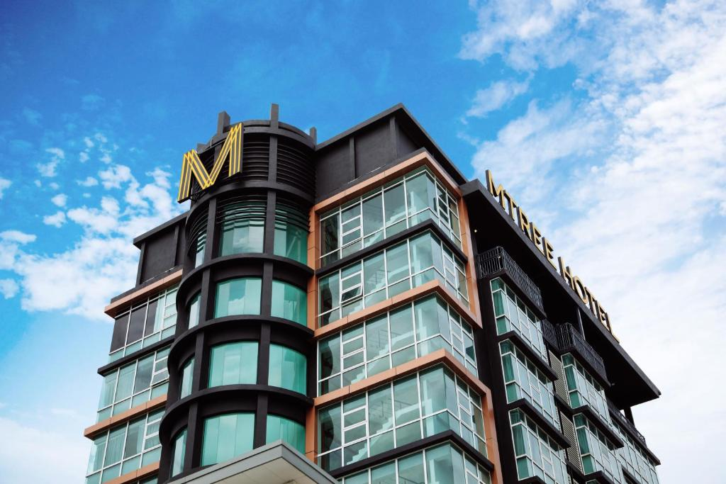 Отель  MTREE Hotel Nilai - KLIA Airport  - отзывы Booking