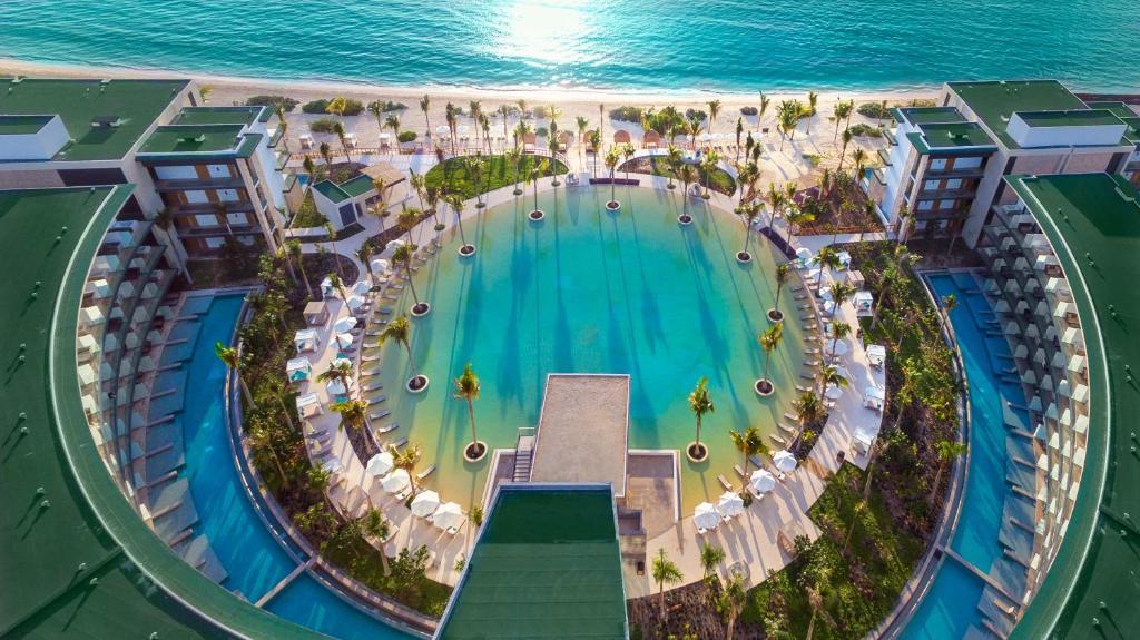 Курортный отель  Haven Riviera Cancun  - отзывы Booking