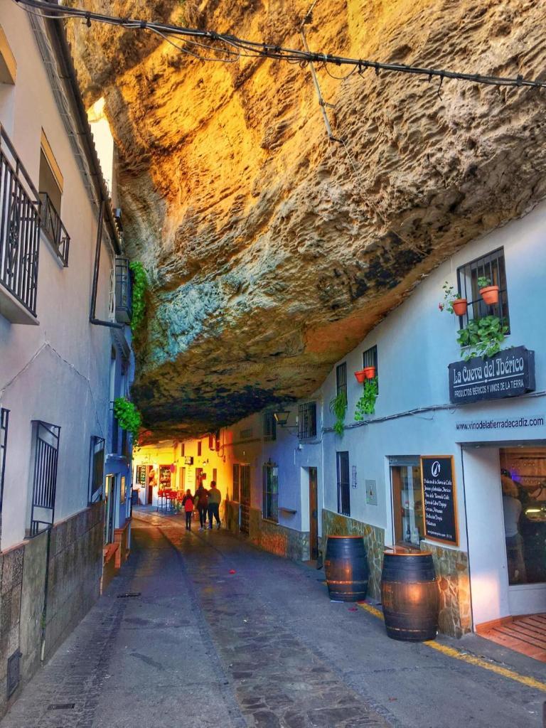 Дом для отпуска  Casa Cueva De La Sombra