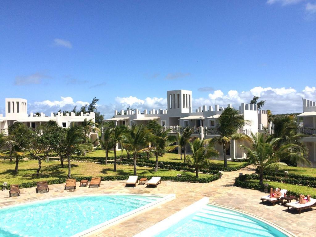 Отель  Life Resort St. Thomas Royal Palm
