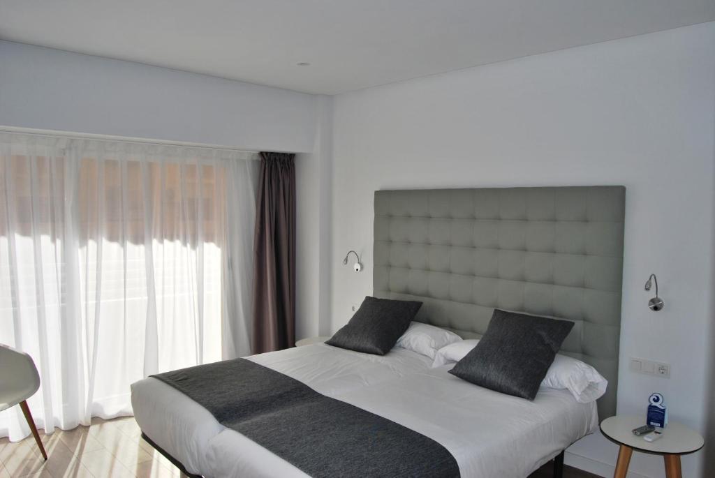 Отель  Отель  Estudiotel Alicante