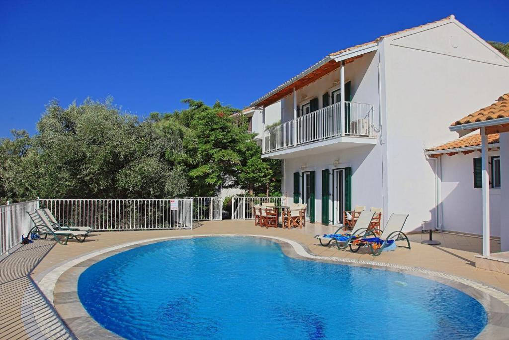 Вилла  Beach Villa Oneiro  - отзывы Booking