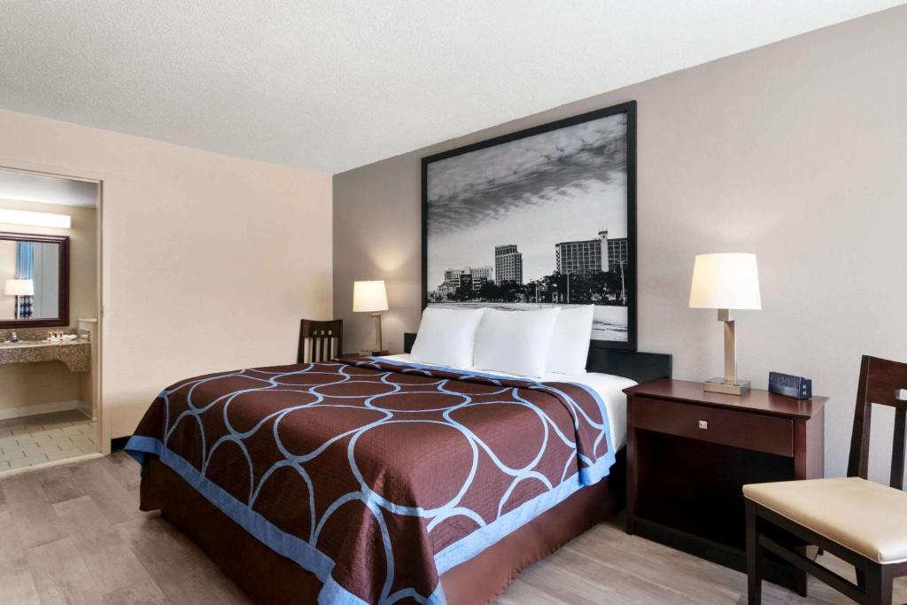 Мотель  Мотель  Super 8 By Wyndham Gulfport Near Biloxi
