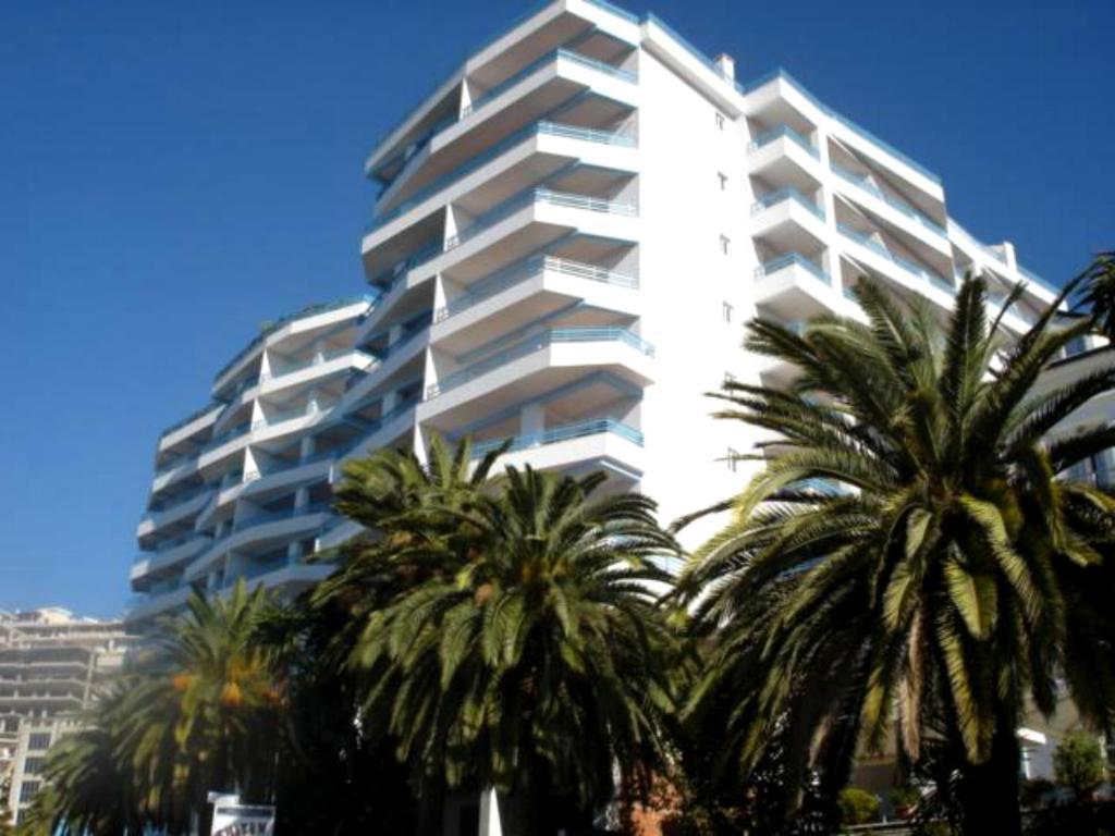 Апартаменты/квартиры  Apartments Serxhio