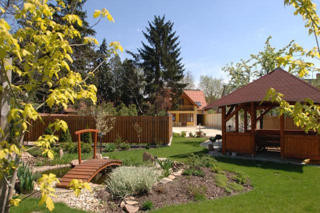 Гостевой дом  Aranykert Vendégház  - отзывы Booking