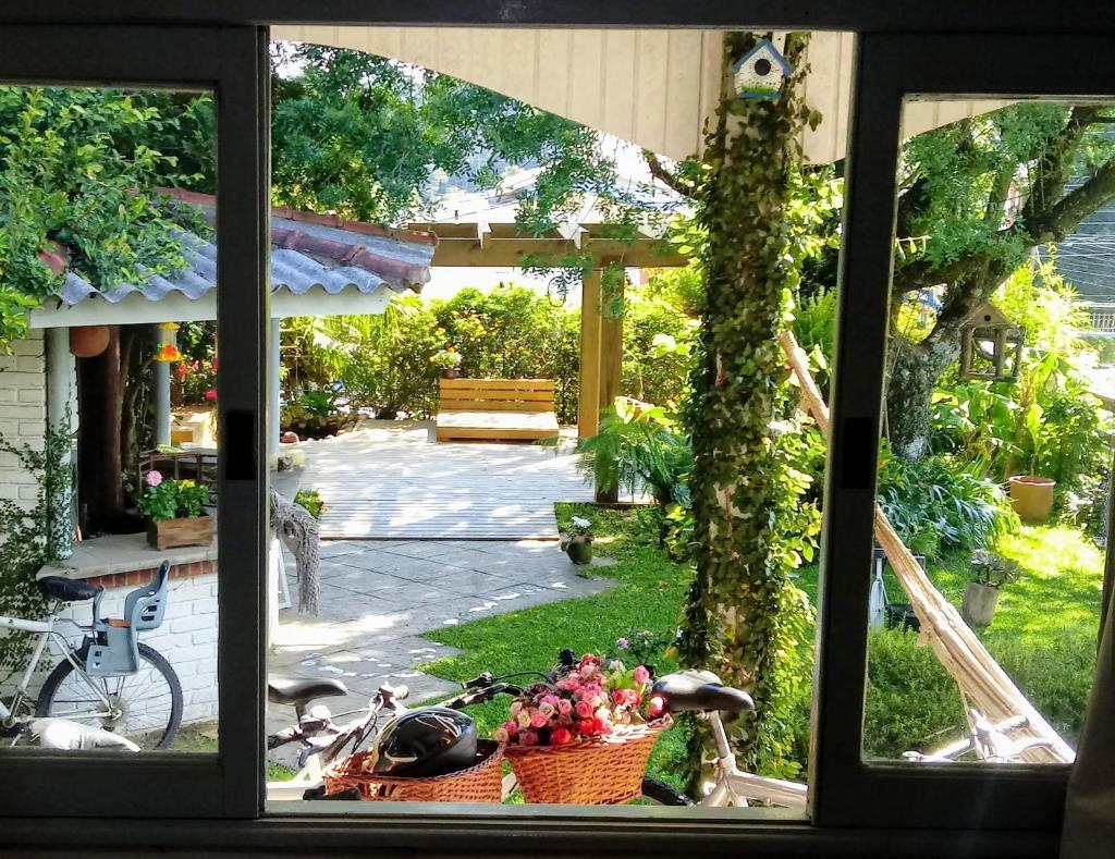 Отель  Pousada Jardim Coberto  - отзывы Booking