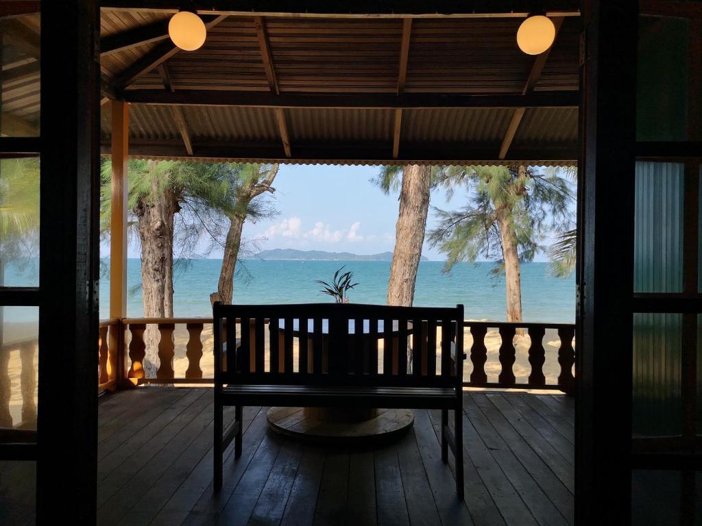 Шале  Sunrise guest house  - отзывы Booking