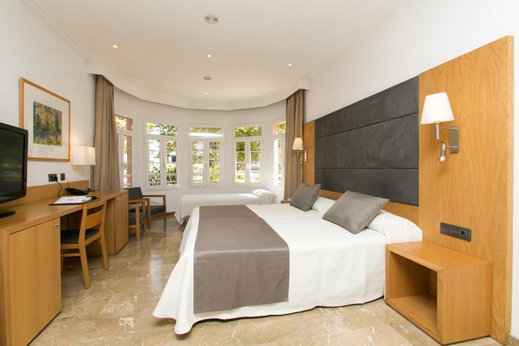 Отель  Hotel Artmadams  - отзывы Booking