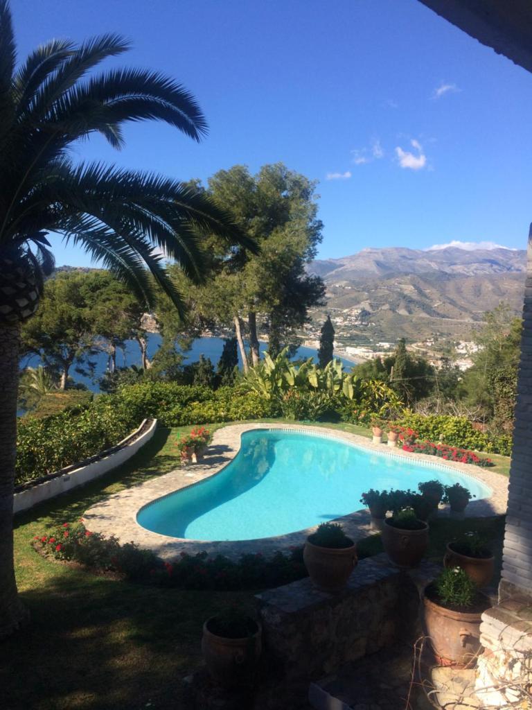 Отель типа «постель и завтрак»  villaquinta  - отзывы Booking