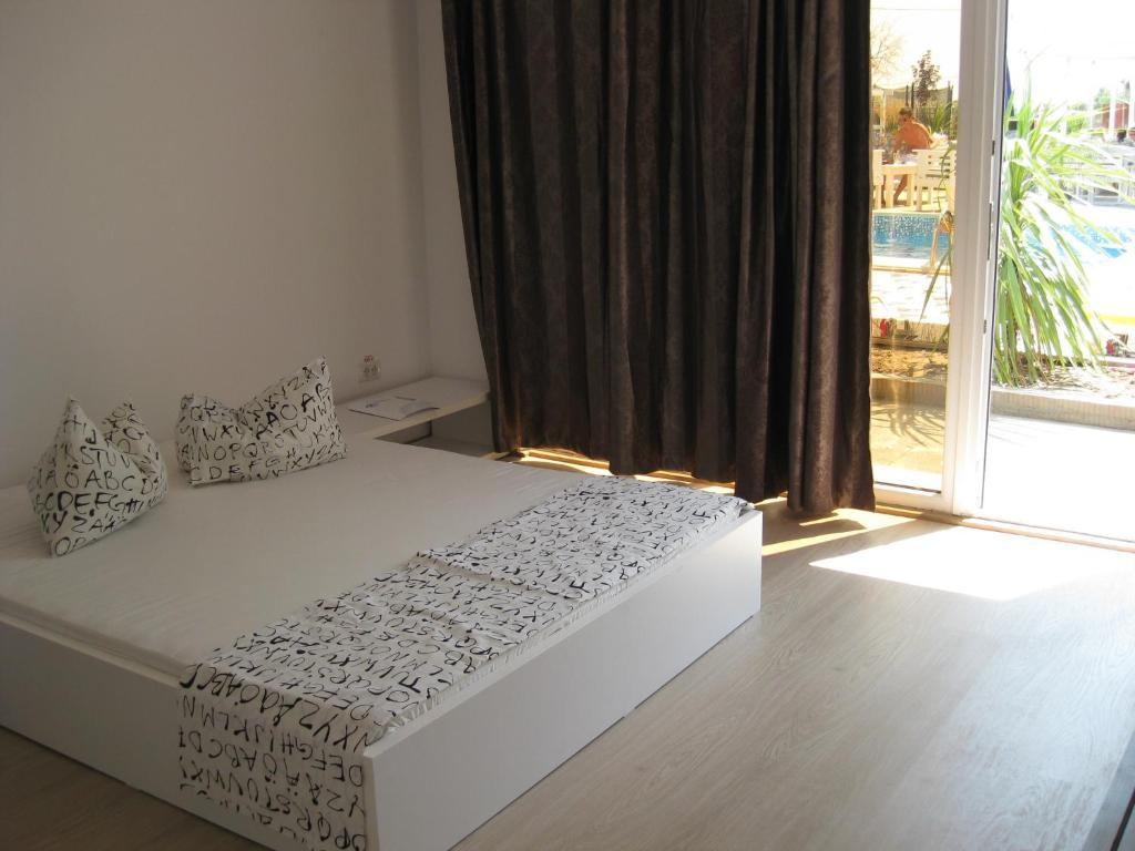 Курортный отель  Oneiro Resort  - отзывы Booking