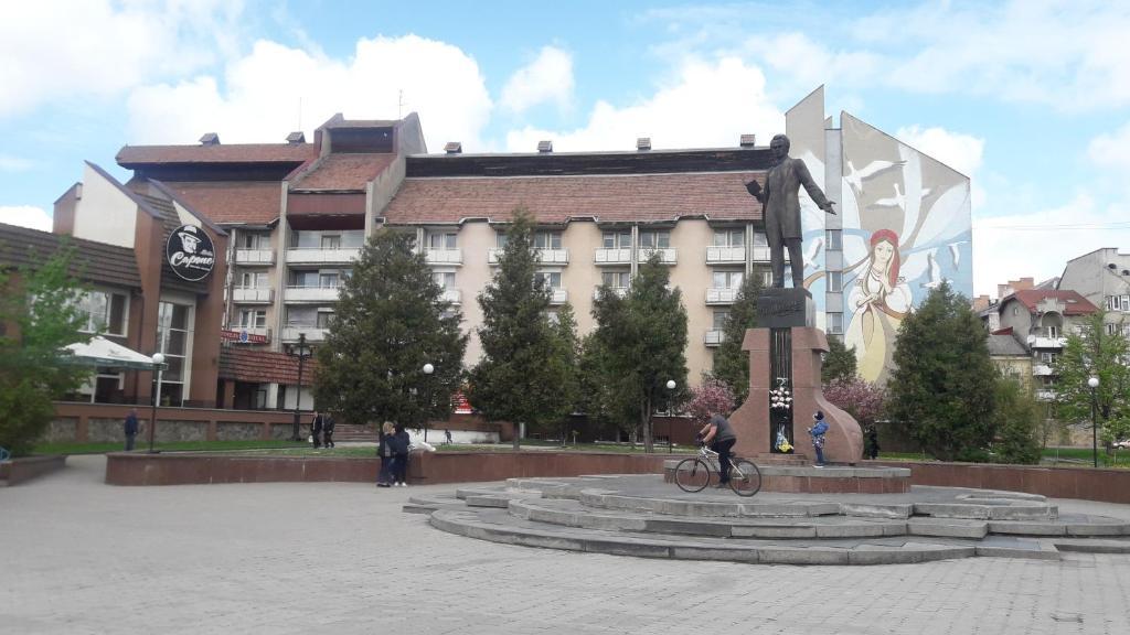 Отель КП ДР Готель - отзывы Booking