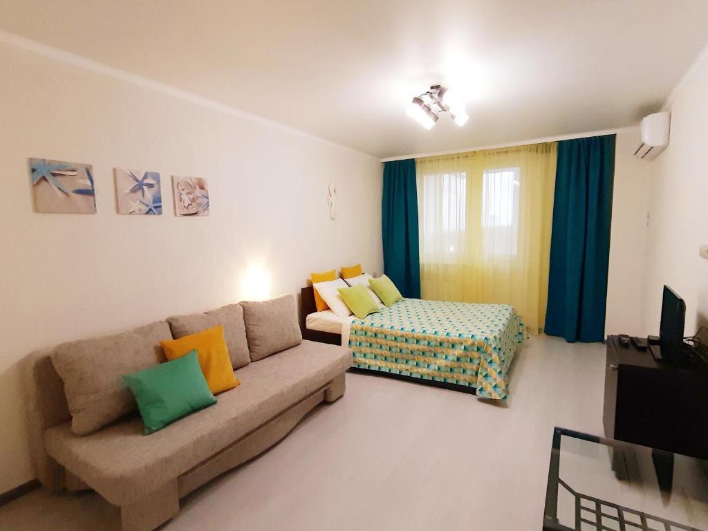 Апартаменты/квартира  Flat-all 142 Morskoy однокомнатная квартира до 6 мест с паркингом рядом с ТРЦ Галерея Чижова в ЖК Атлант