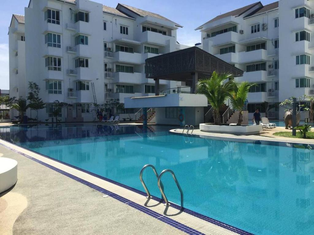 Апартаменты/квартира 8-9 pax Homelite resort - Near Airport - отзывы Booking