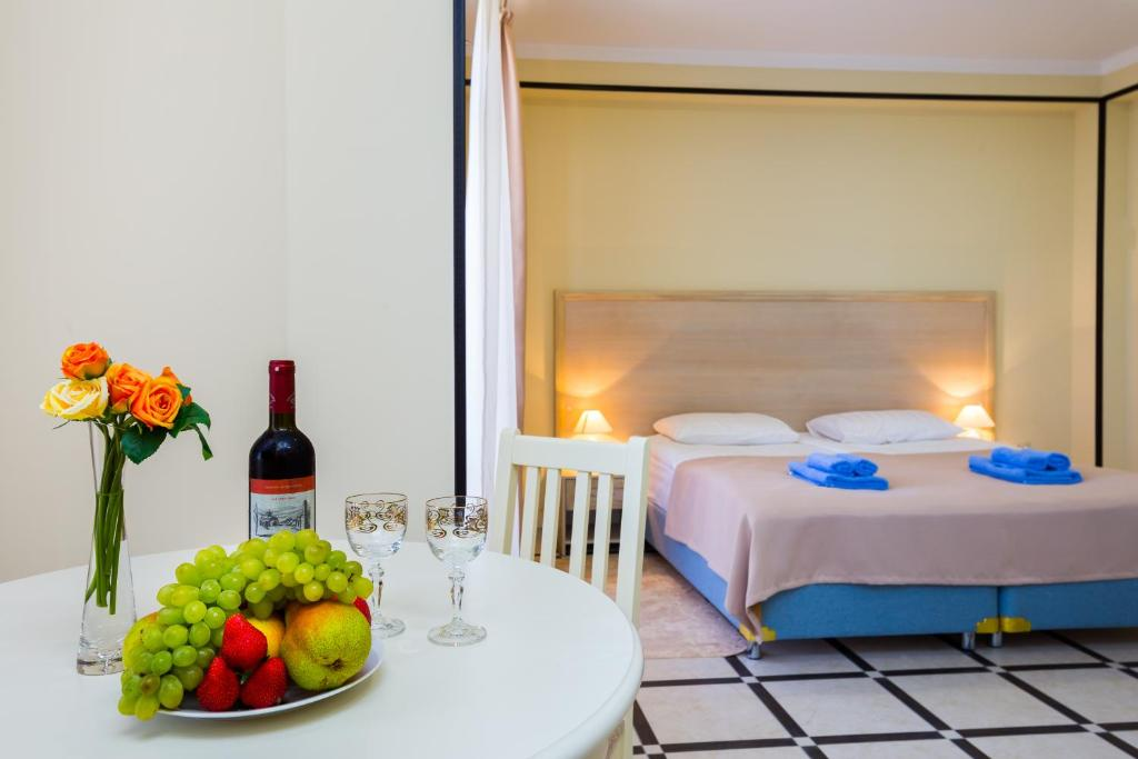 Отель BMG Hotel - отзывы Booking