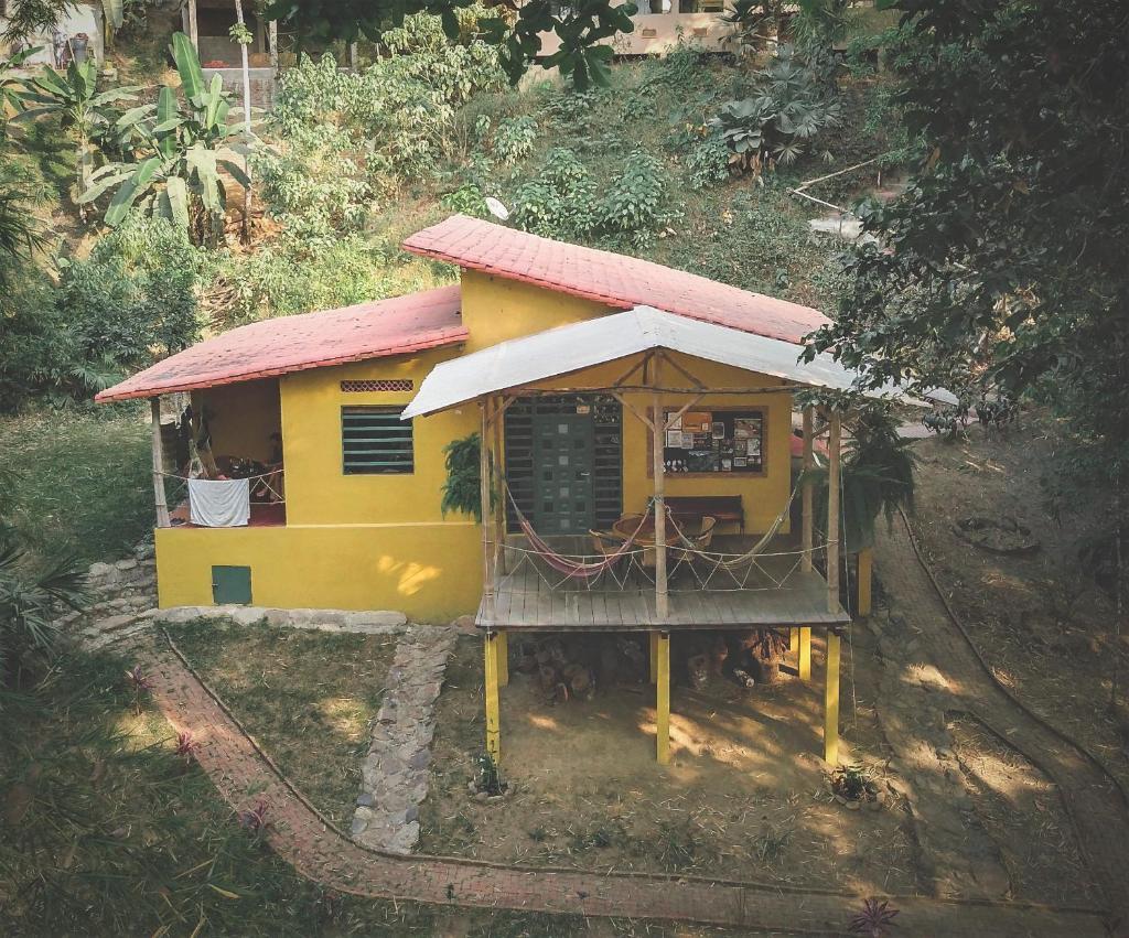 Хостел  Finca Hostal Bolivar - Casa Maracuya  - отзывы Booking