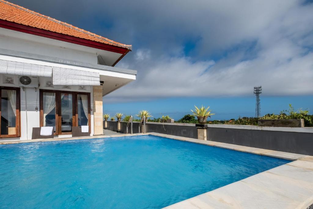 Отель  RedDoorz Plus near Dreamland Beach  - отзывы Booking
