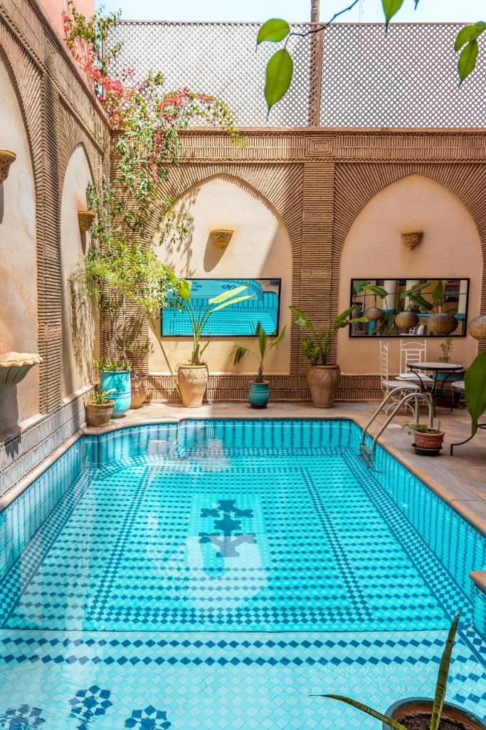 Отель  Amani Hotel Suites & Spa  - отзывы Booking