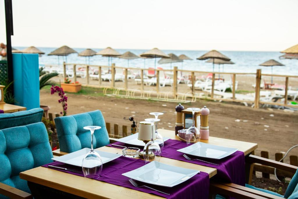 Отель типа «постель и завтрак»  Kara Kedi Beach Bungalow