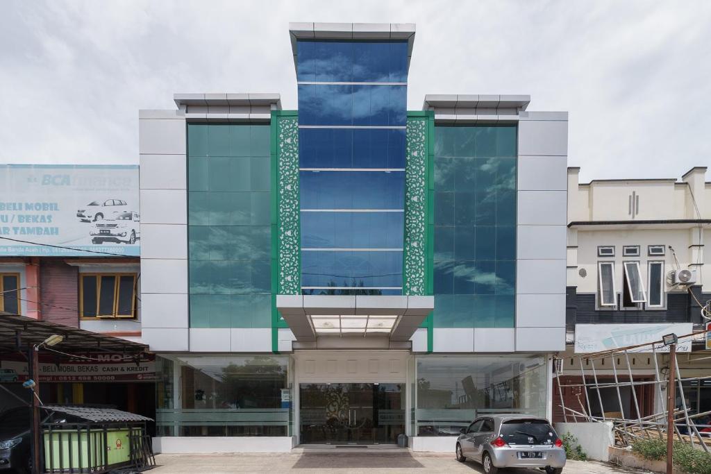 Отель  RedDoorz Syariah near Baiturrahman Aceh  - отзывы Booking