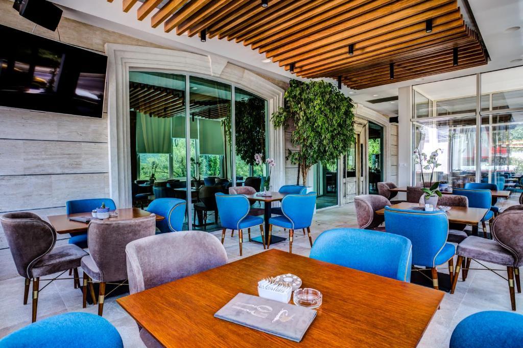 Отель Hotel Odissey - отзывы Booking