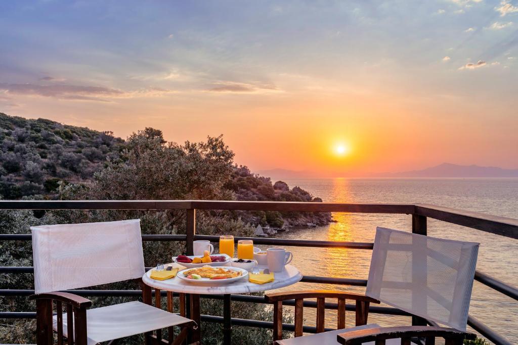 Апарт-отель  Nafsika Villas  - отзывы Booking