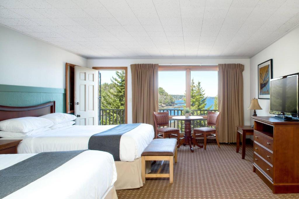 Курортный отель  Ocean Gate Resort  - отзывы Booking