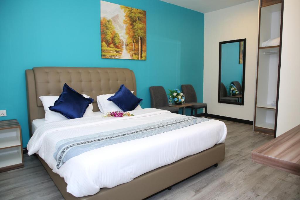 Отель  S.S.HOTEL SEREMBAN  - отзывы Booking