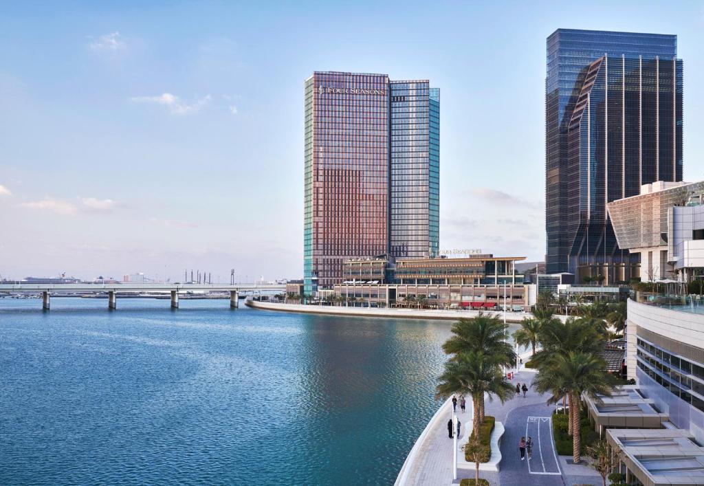 Отель  Отель  Four Seasons Hotel Abu Dhabi At Al Maryah Island