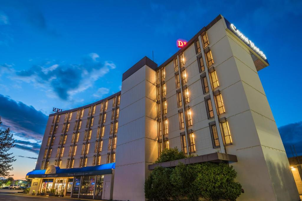 Отель  Coast Discovery Inn  - отзывы Booking
