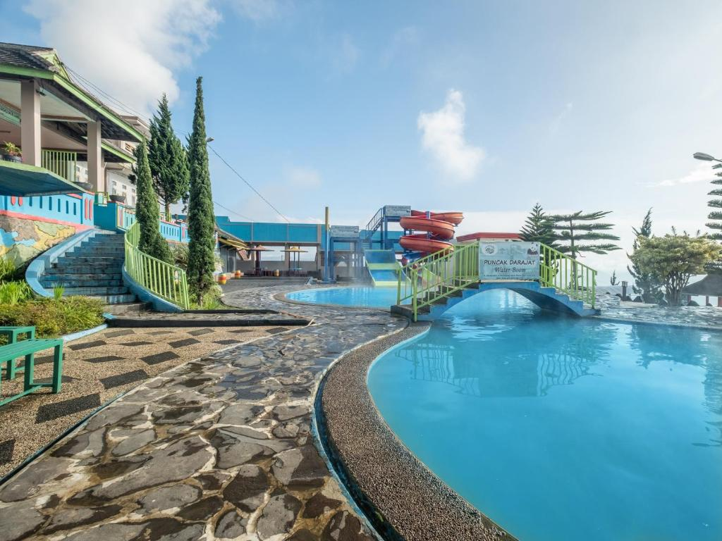 Отель  OYO 705 Puncak Darajat Resort  - отзывы Booking