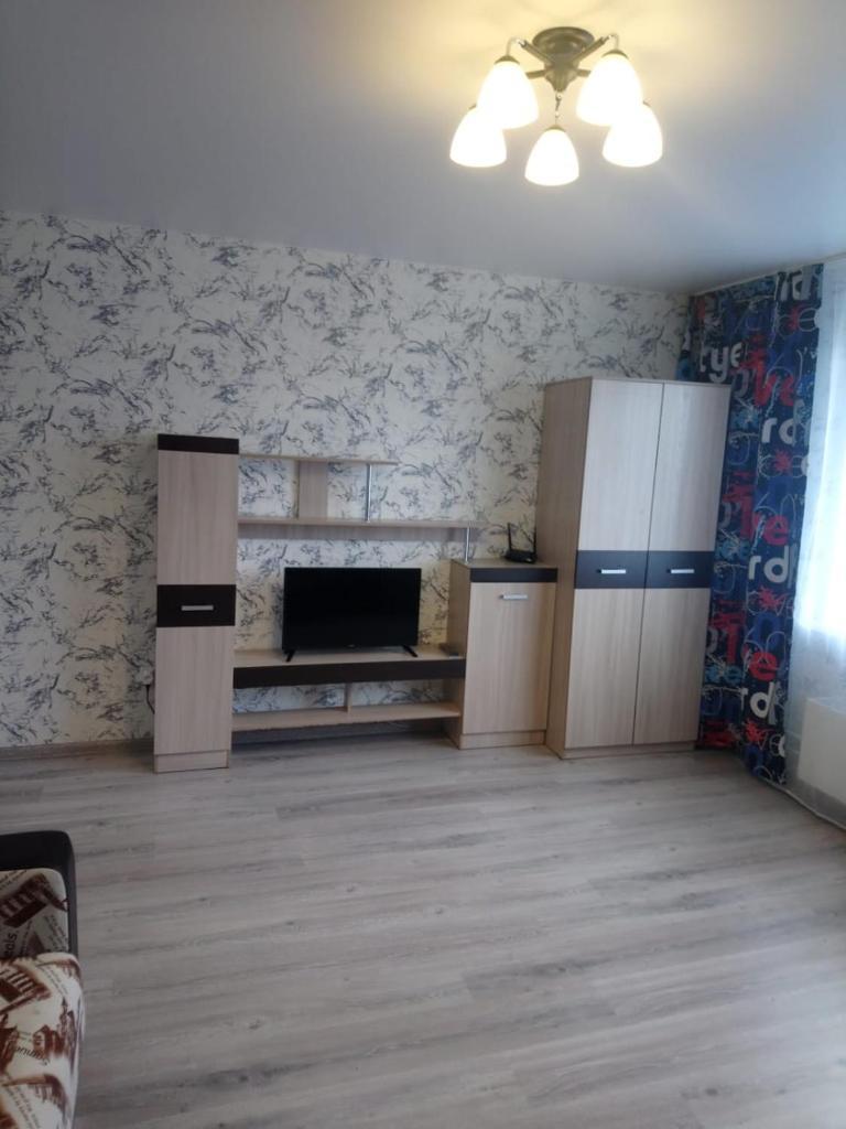 Апартаменты/квартиры  Apartment comfort two room Dzerzhinskogo 20A-43  - отзывы Booking