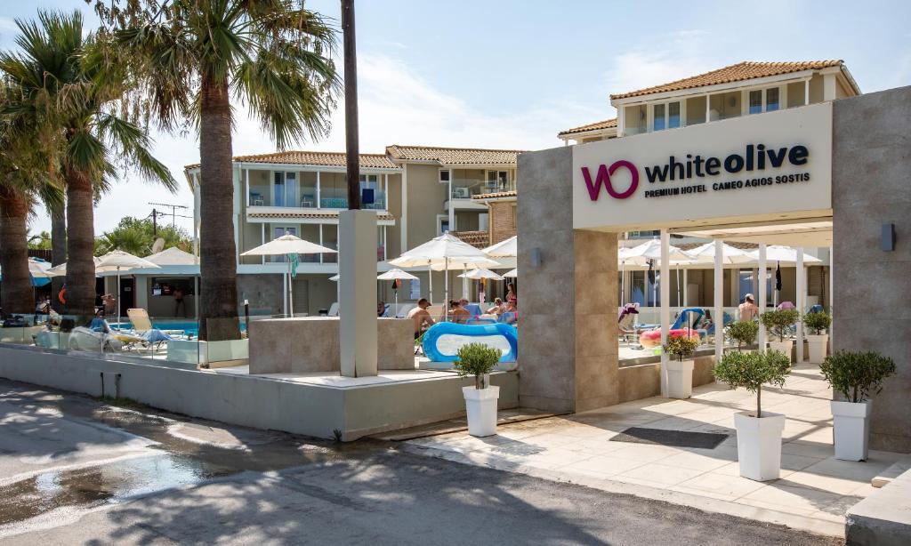 Отель  White Olive Premium Cameo  - отзывы Booking