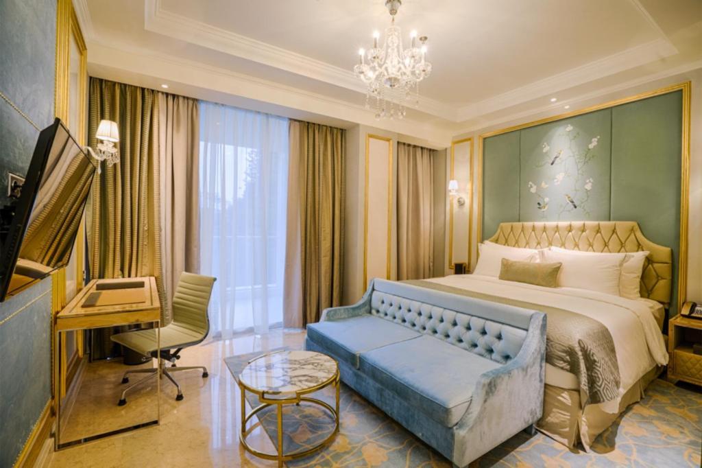 Отель  Отель  Art Deco Luxury Hotel & Residence