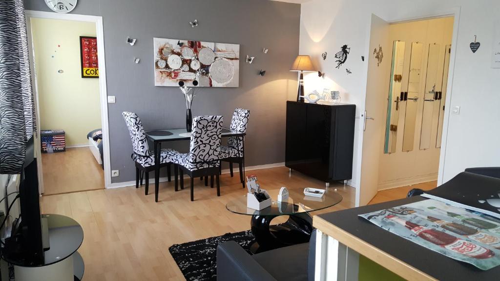 Апартаменты/квартира Appartement Lumineux - отзывы Booking