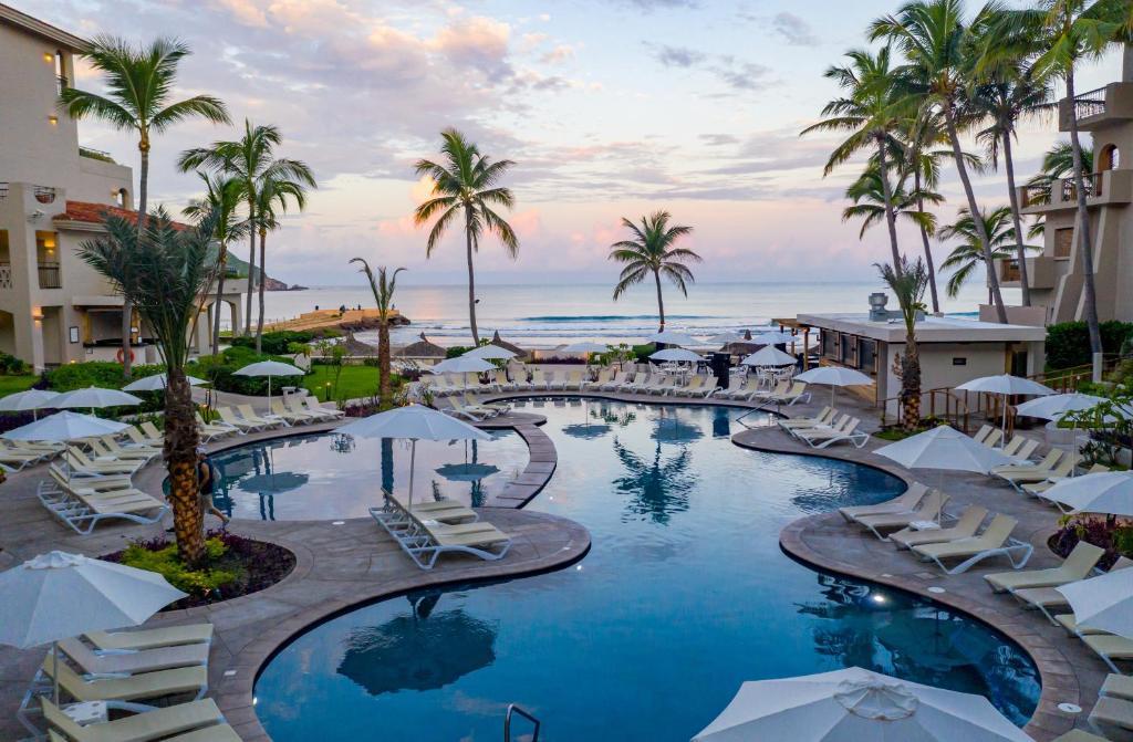 Курортный отель  Pueblo Bonito Mazatlan Beach Resort - All Inclusive  - отзывы Booking
