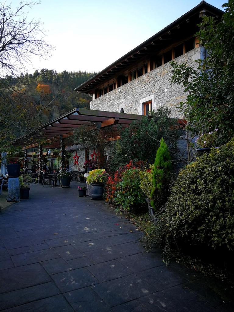 Отель  Larramendi Torrea  - отзывы Booking