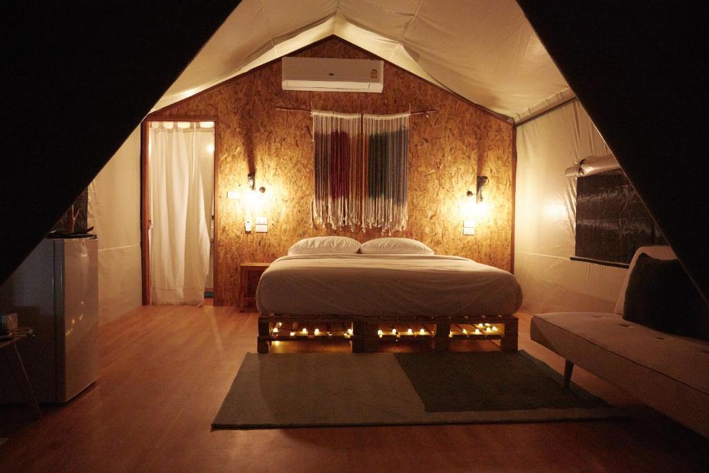 Люкс-шатер  Piromrat Glamping Tents  - отзывы Booking