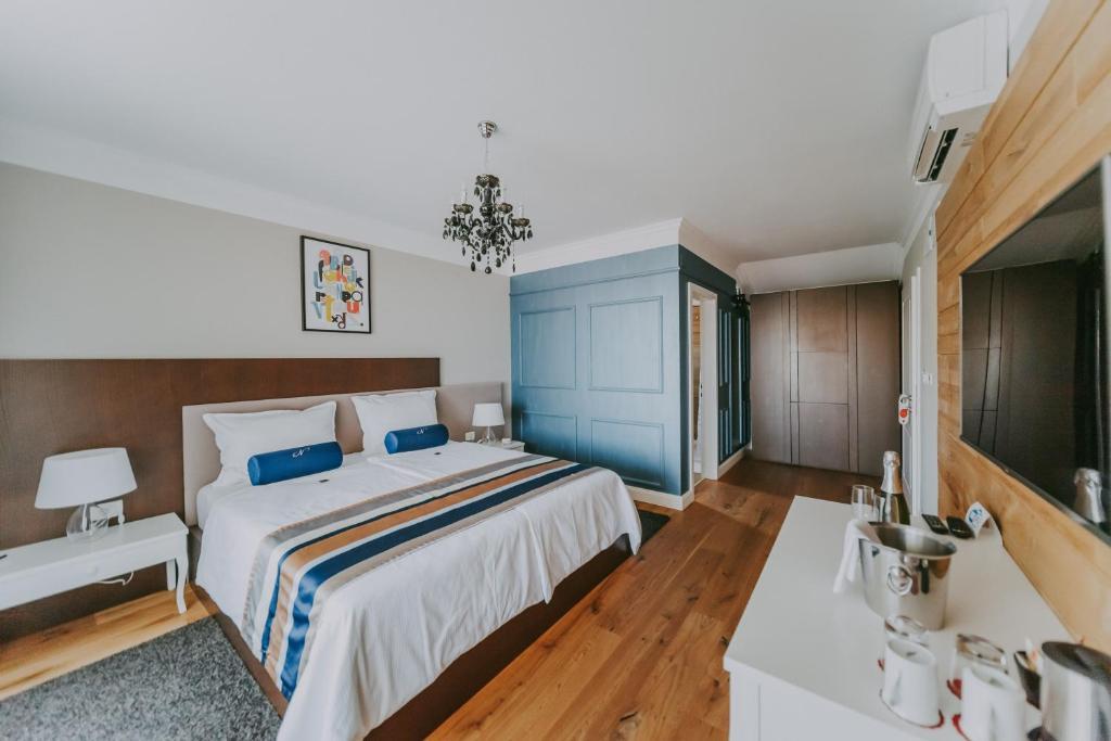 Фото  Отель типа «постель и завтрак»  Rooms N